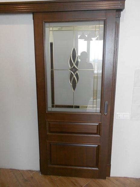 Двері міжкімнатні з масиву 24